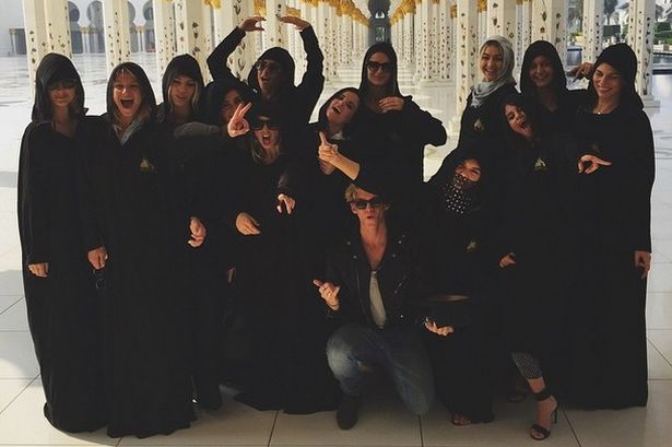 Kendall jenner gigi hadid selena gomez and friends cover up in hijabs for a visit to abu dhabi mosque